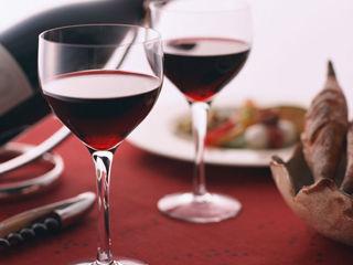 喝红葡萄酒千万别犯这5个错误
