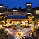 酒店外观华丽夜景