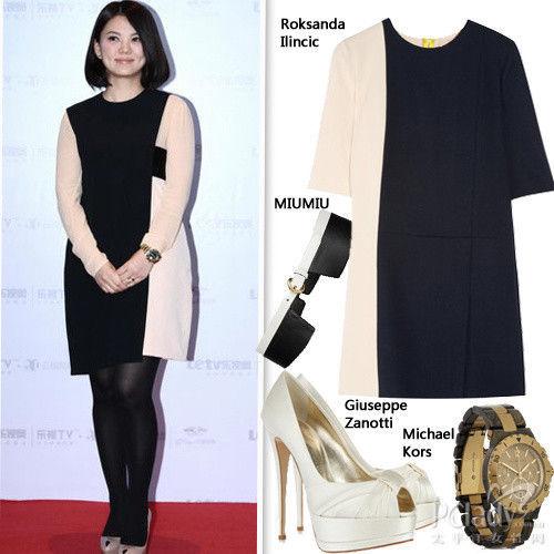 黑白拼色连身裙简洁经典而不乏设计感