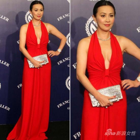 深V红色礼服大显女王气息