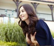 韩国演员金有美秋装写真