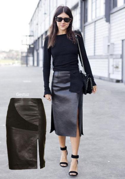 皮革裙在今秋冬的风靡势不可挡,双侧开叉设计摩登感十足。