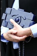 时装周风靡单品:Chanel趣味积木包包