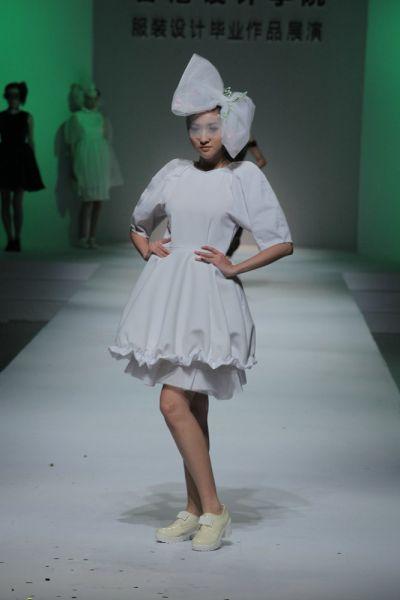 香港设计学院服装设计毕业作品展演