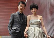 女明星最新抹胸裙装造型3:李小冉