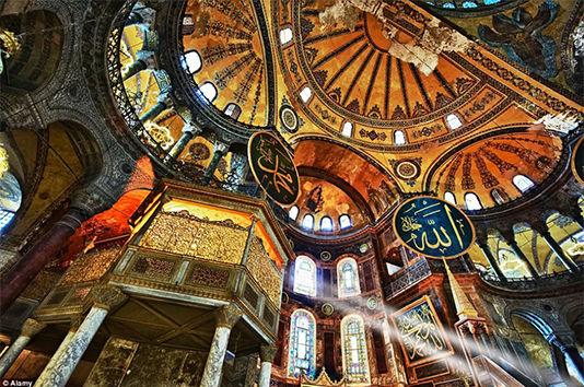 圣索非亚大教堂,土耳其:大教堂、清真寺、博物馆.圣索非亚大教堂