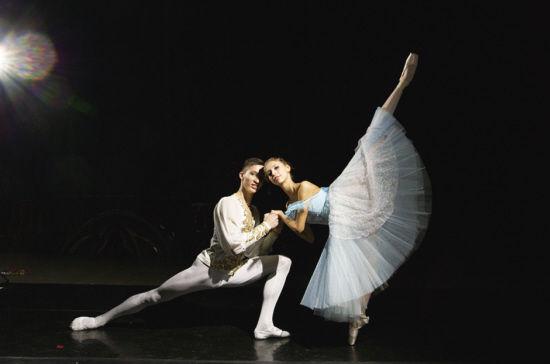 如巴黎歌剧院著名独舞演员