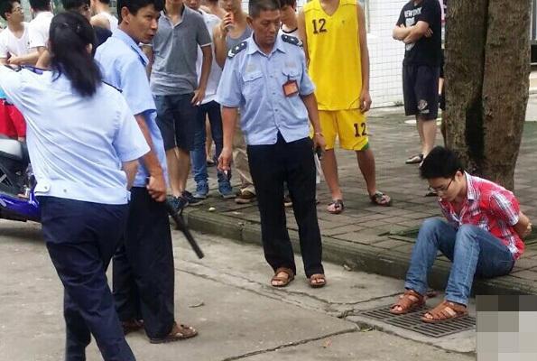 广西女大学生看望亲弟弟 校园内遭其捅死图片 77207 595x400