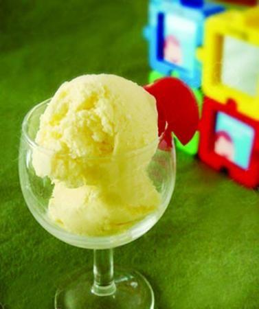 冰淇淋奇葩吃法:生鸡蛋芥末中药来配冰淇淋