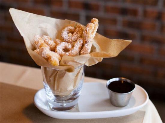 走进美国奥兰多的独立餐厅 享受独特美食