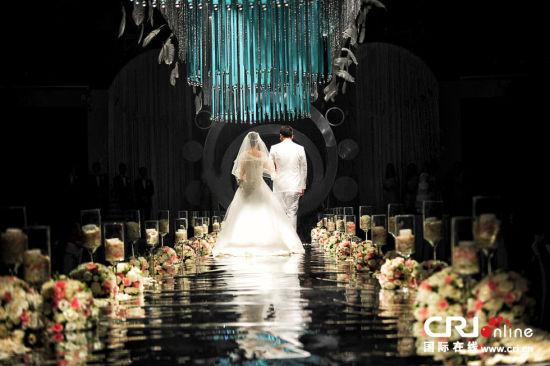 最美的新娘背影