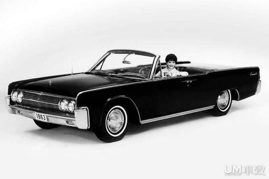 1963年林肯大陆敞篷车拍卖 7.7万美金成交