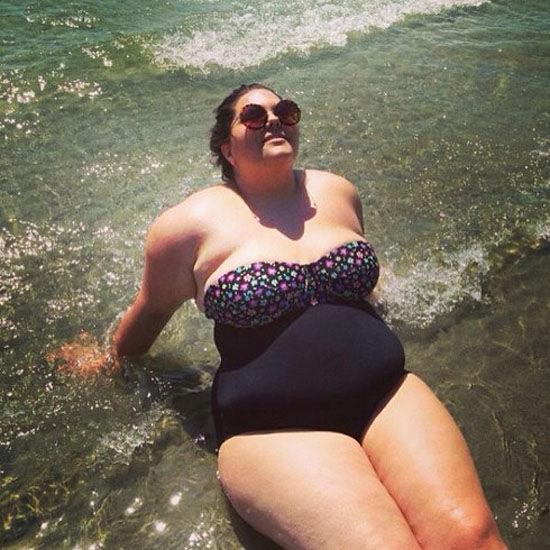 微胖美女生活照