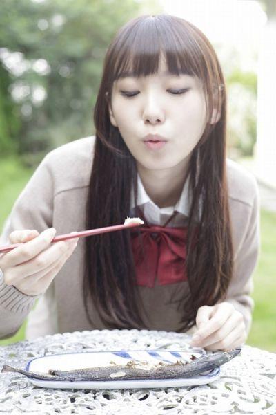 日本16岁嫩模走红气质清纯酷似新垣结衣