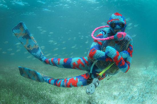 水下钩编 另类艺术保护海洋环境图片