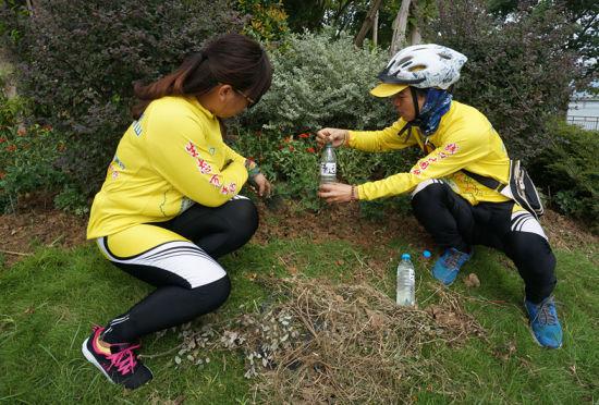 万里骑行团抵达清远倡导低碳环保生活