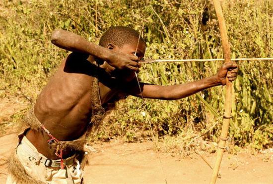 非洲哈扎部落:世界上最后的狩猎采集部落
