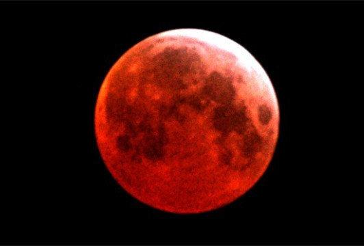 10月8日将上演月全食:天宇中的血红之月