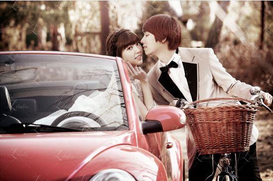 吸血夫妇(金希澈&郭雪芙)《我们结婚了》婚纱照