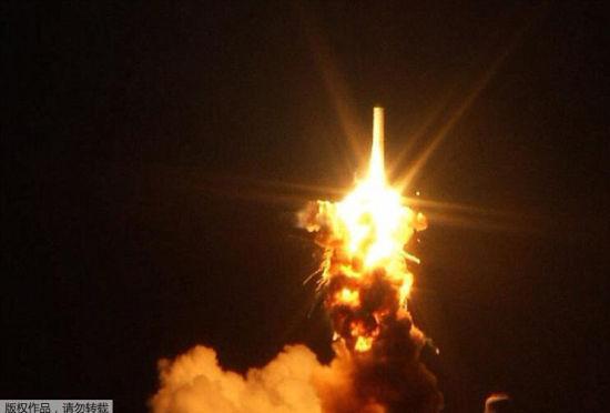 美国宇航局火箭升空6秒后发生大爆炸