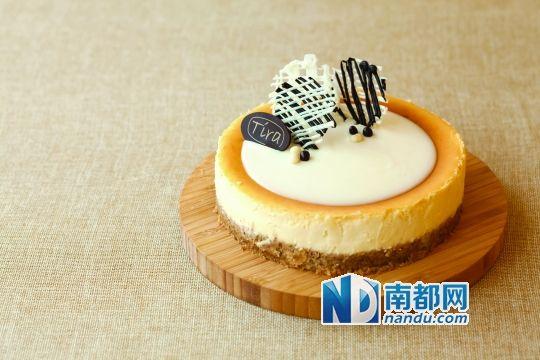 王冠蛋糕图片素材