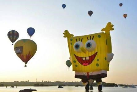 墨西哥莱昂举办第13届国际热气球节