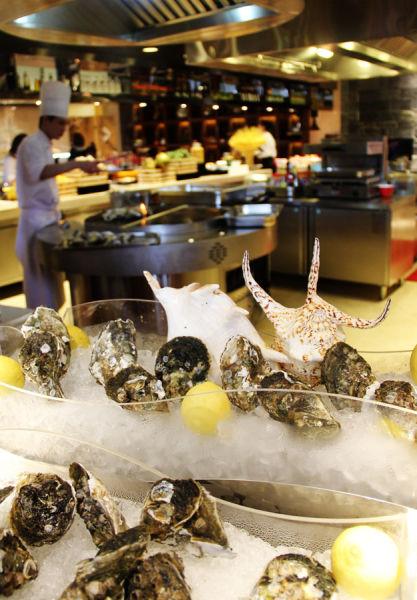 周日早午连餐臻享龙虾海鲜盛宴