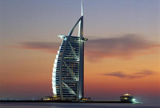 世界最豪华的七星酒店:迪拜帆船酒店