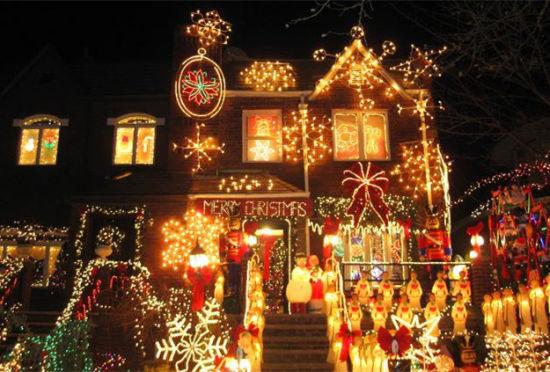 各地圣诞彩灯秀让您惊喜连绵不断