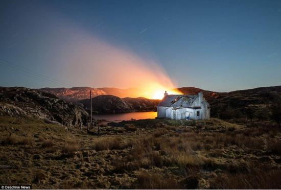 实拍被遗弃在苏格兰岛上的破旧民居