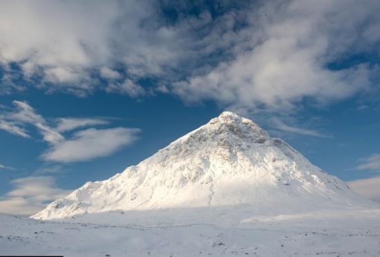 英国洛哈伯冬日的美景雪山神圣美丽