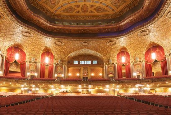 纽约皇家历史剧院重新开业华丽不减当年