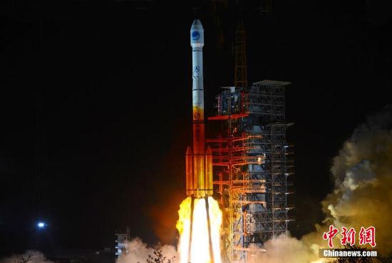 中国成功发射首颗新一代北斗导航卫星
