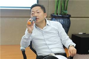 新浪深圳金融 CEO 秦刚