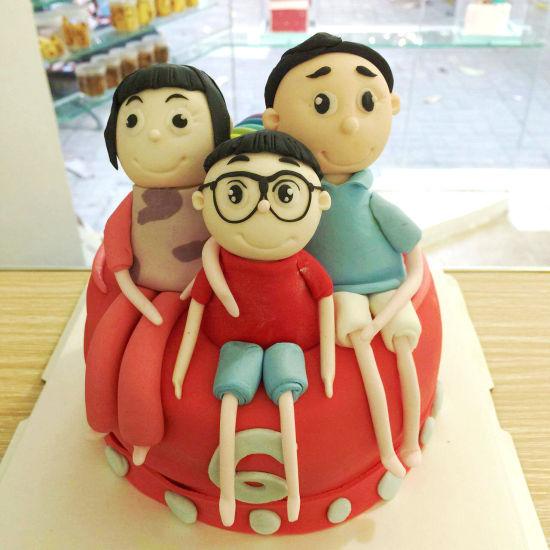 卡通蛋糕女孩子