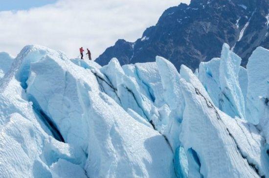 五大不可思议游览胜地 冰川徒步旅行海上冲浪