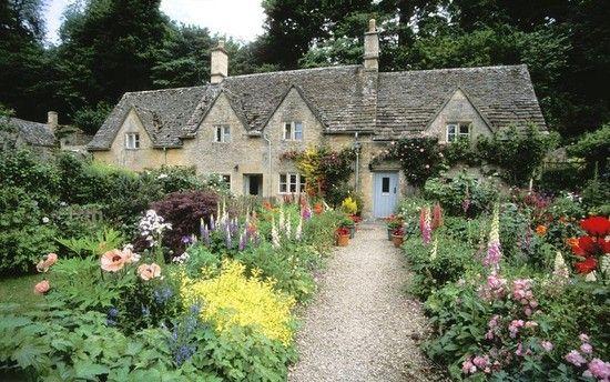 走进英国乡间 探访英国最美田园村庄