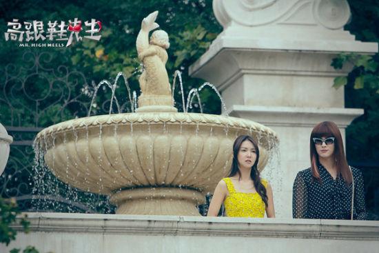 女装杜江化身闺蜜陪伴女神