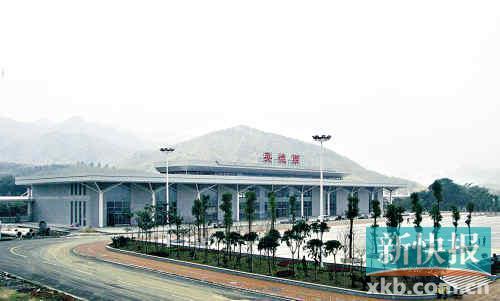武广高铁英德西站今天开通,广州至英德最平票价45元