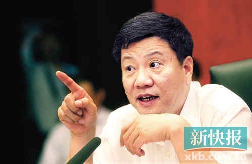 昨日,广州市长陈建华在市政府召开的第二场垃圾处理工作座谈会上发言。新快报记者宁彪/摄