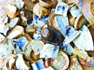 轻易可捡到的明清瓷碎片。