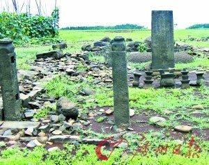 一些墓冢保存比较完整。