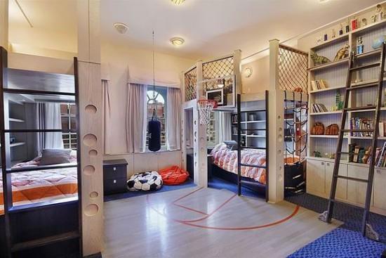 男生小型卧室装修图
