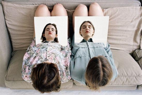 人像摄影:不一样的姐妹照