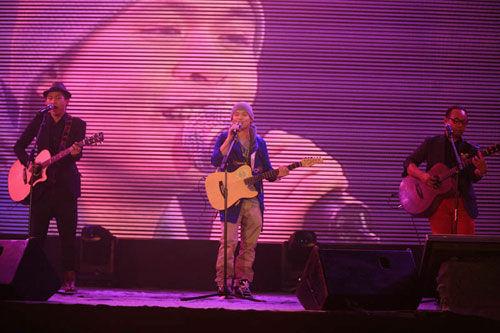 侧田; 吉他弹唱_吉他弹唱教学_吉他弹唱姑娘吉他谱; 侧田韩籍女友