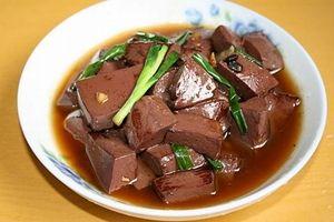 佛山猪血收购商非法添加工业盐制猪红