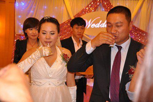 寺庙方丈还俗结婚迎娶26岁女老板