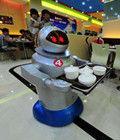 国内机器人餐厅亮相
